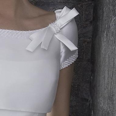 f70062a61c28 La seta giapponese per abiti da sposa. Di Redazione