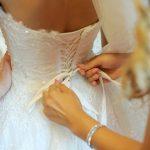 Come stirare un abito di seta per cerimonie/eventi